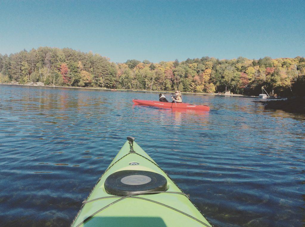 Kayak On Water - Free Ambience