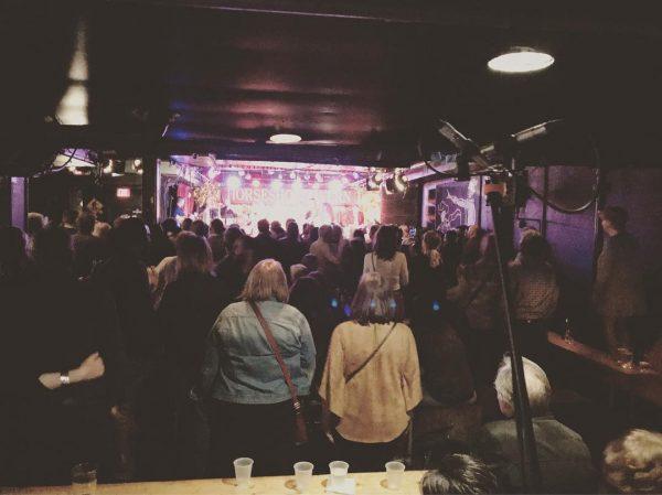 Toronto Music Clubs - Crowds